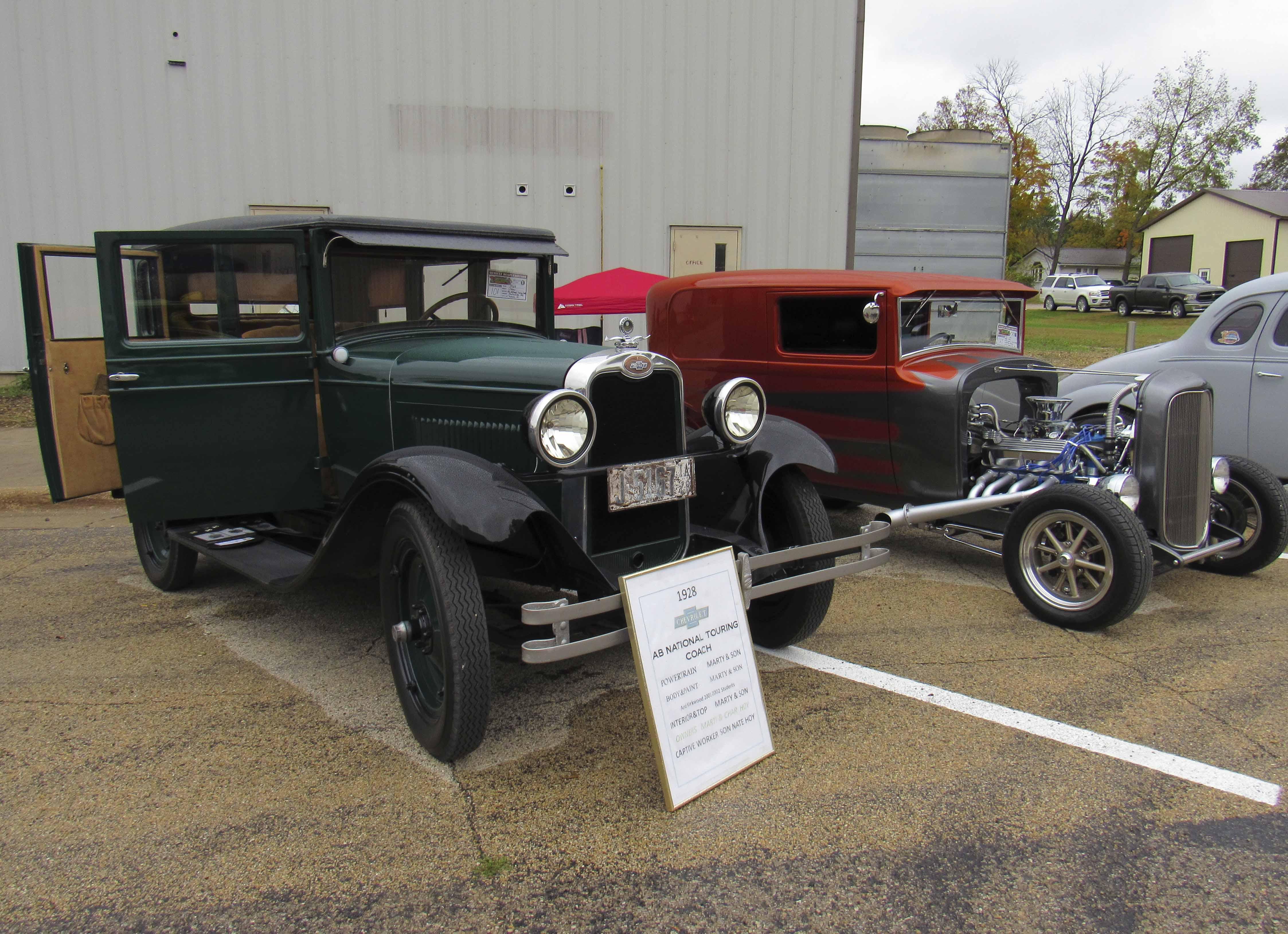 Hot Rods Harleys Car Show The Monticello Express - Thomas chevy car show