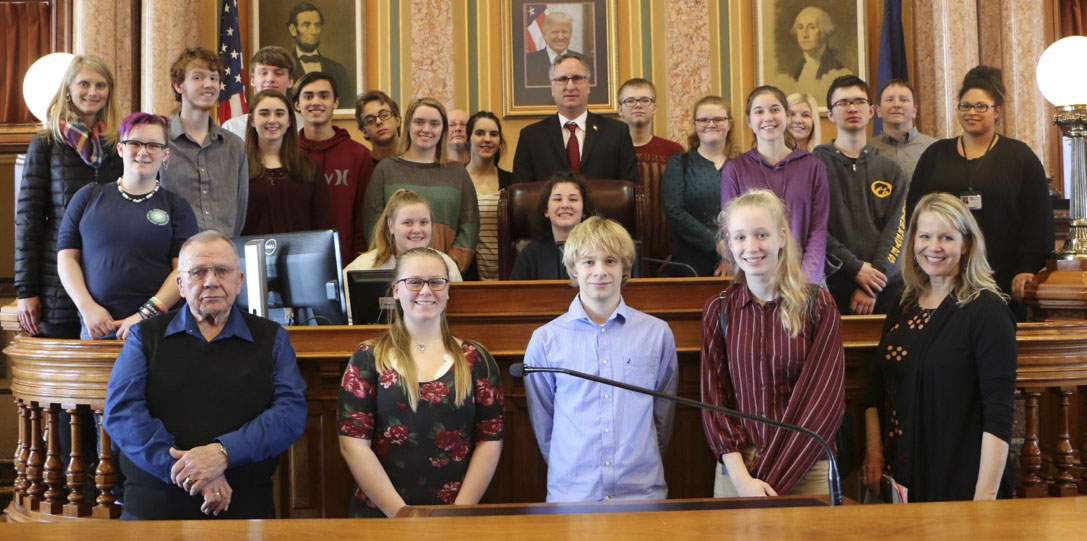 Last week, Rep. Lee Hein (R-Monticello) welcomed members of the Jones County Safe and Healthy Youth Coalition to the Iowa House of Representatives. The group was visiting the Capitol to bring awareness to the dangers of smoking, vaping, and underage drinking. (Photo submitted)
